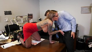 Tattooed secretary thither fishnets Karma RX opens her mouth wide be advantageous to cum