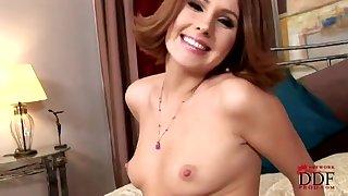 Hot Babe Zuzana Alone Arse Play