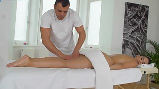 Nude wife likes the masseur's weasel words better than her hubby's
