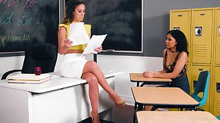 Academician Cherie DeVille hooks up in the air sexy student Jeni Angel