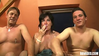 Dirty amateur threesome with two dudes and one matured floosie