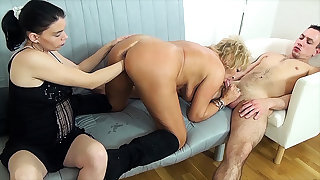 mom fist fucked wits stepsiblings
