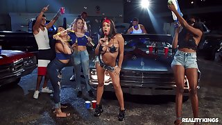 Great garage gangbang charge from for gregarious girly Luna Eminence